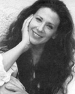 FRESH YARN: The Online Salon for Personal Essays presents Suzie Plakson